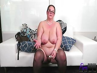 barna, interjú, milf, pornósztár
