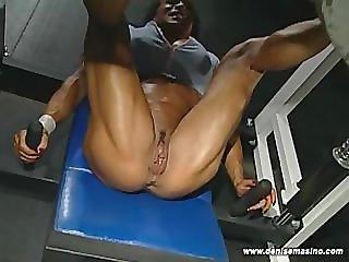 Denise Masino - EXTREME NUDE LEG WORKOUT - Female Bodybuilder