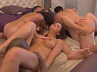 A Romantic Dinner And A Smoking Hot Pussy Fuck At Realityswing