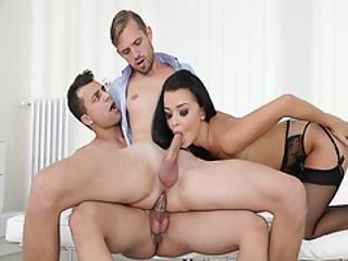 Rami Mikki Gets Seduced By Daphne Klyde And Nick Vargas