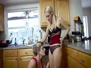 Stepmom Is A Lesbian Slut Tttmp4