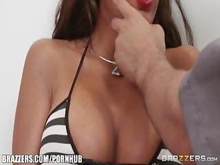 Brazzers   Richelle Ryan Gets Fucked By Cop