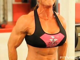 Zoa Linsey Heavy Duty Back Training Video 2
