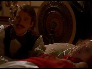 Dracula (1992) - Sadie Frost 2