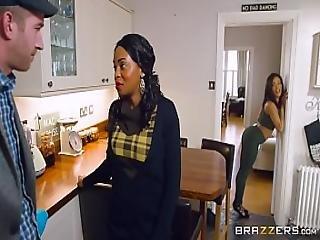 Brazzers - Kiki Minaj - Big Butts Like It Big