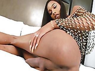Tight Ebony Shemale Dazia Solo Masturbation On The Bed