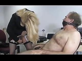 Femdom Mistress Uses Slave Is Toilet
