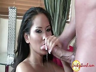 Asian Big Tit Pussy Very Eager To Suck Big White Cock To Shove Dripping Wet Cunt
