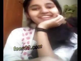 Indian Village Girl Showing Boobs Over Skype To Her Boyfriend - Www.teen99.