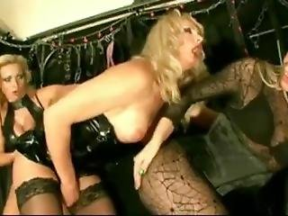 Sexy Mistress In Latex Abuse Sissy And Shemale In Asshole