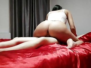 Massage On A Red Silk Bed, I Crave I Suck And Fuck