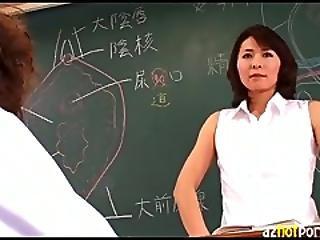 Azhotporn.com   Teacher Gives Sex Lesson Through Fisting