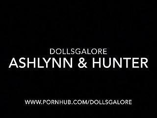 Ashlynn Ella & Hunter Huntsman Monster High Cumshot Dolls