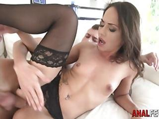 Babe Gets Asshole Cummed