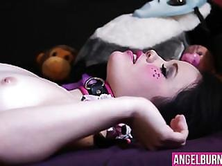 Awesome Babe Yhivi With Sexy Body Gets Fucked Roughly