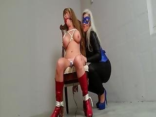 Superheroine Caught And Vibrator-tortured!