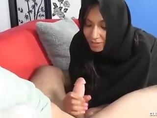 Arab Slut Forgets The Rules