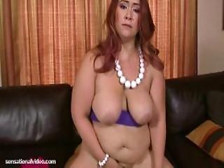 Short N Stacked Plumper Sophia Jordans Hardcore Debut