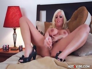 Busty Britney Amber%E2%80%99s Screaming Orgasm
