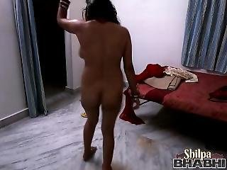 Shilpa Bhabhi Indian Spider Woman Dancing