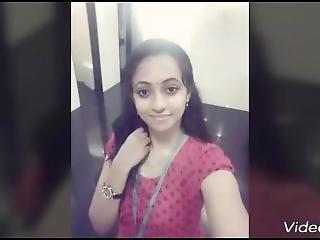 Akshaya Kerala Girl Boob Show And Pussy To Her Bf