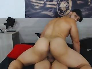 Buff Big Ass Colombian Guy Fucking Gf Missionary