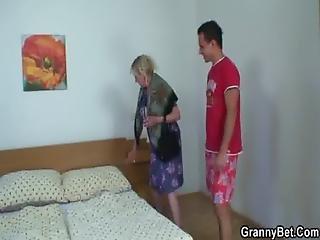 грудастая, чертов, бабушка, бабушка, дом, домохозяйка, зрелый, мама, мать, старый, жена, молодой