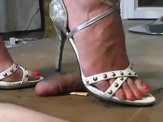 Shoejob Wtih White And Grey Sandals & Crush Cig