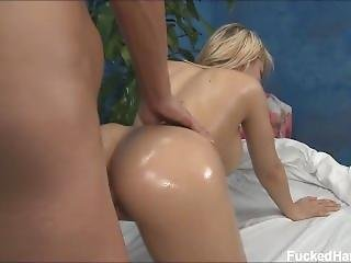 Fh18 - Madison Ivy Massage