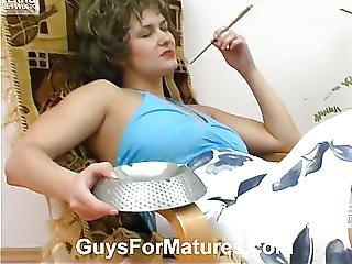 karvaiset pillut tupakka fetissi