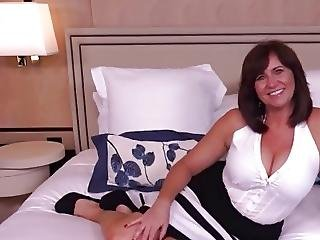 Curvy Cougar Pov - Anal