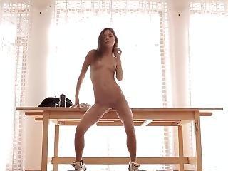 Very Sexy Dancing