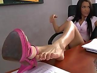 Samia Duarte Classroom Footjob