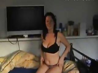 Housewife With Great Tits