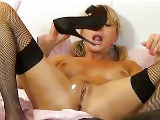 Mature Milf Spit On Her Self Messy Dirty