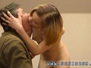Old Milf Sofia Thinks Woody Should Change His Behaviour And That He