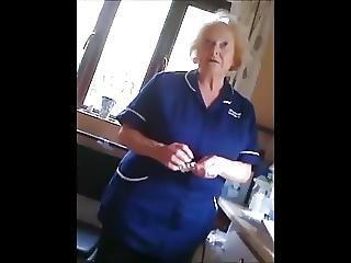 caméra cachée, mature, infirmière, voyeur