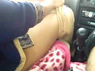 Fucking Milky Boobs Big Ass Mom In Car Front Seet Outdoor