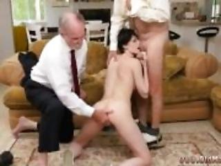 Midget blowjob Frannkie goes down the