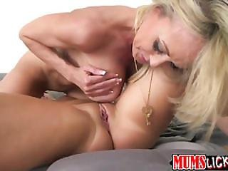 Hot Milf Brandi Love Bangs Teen In A Erotic Lesbian Sex