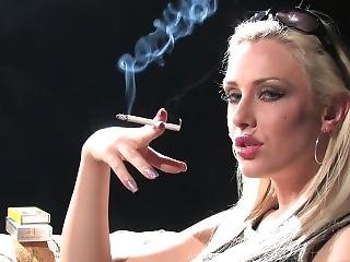 Fetiš, Kouření