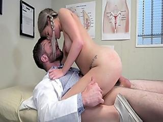 Horny Doctor Pounds Vienna And Rubs Her As She Bounce