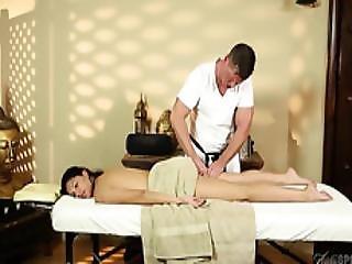 Very Tricky Massage Room Of Amazing Masseur
