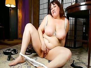 Chubby Moms Catherine And Rubee Get Off Alone