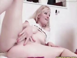 Hot Blonde Slut Playin With Her Noisy Pussy