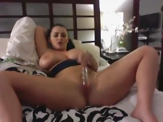 Busty Babe And Her Sexy Ass Body - Add Her On Snapchat Rubysuce