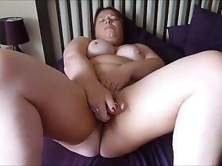 Naughty Chunky Slut Loves Fucking Herself To Orgasm