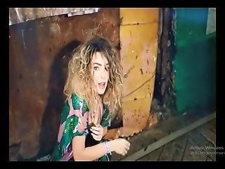 Belinda Lesbian Voyeur (frament)[1]