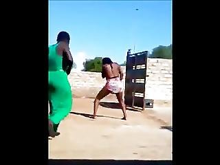 Ligar Seduction - Zambian Dancers