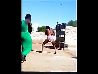 Ligar Seduction - Zambian Dancers